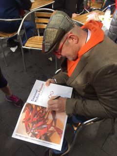 Emmanuel Mollois signing his book Patisier.